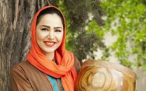 دانلود مهرناز دبیرزاده حضور مهرناز دبیرزاده در آلبوم خواننده معروف آهنگ کازابلانکا