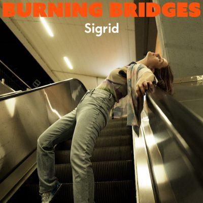 دانلود آهنگ Sigrid Burning Bridges